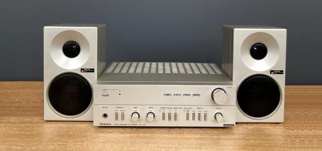 #0095834 Technics SU-C03 Amplifier / Technics SB-F2 Speakers