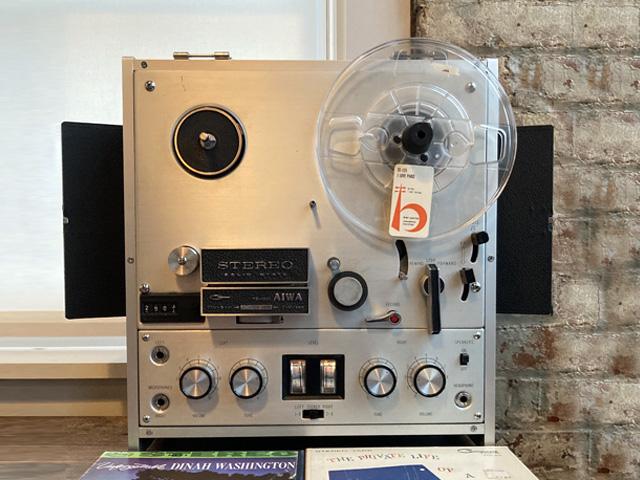 AIWA TP-1001 Tape Recorder